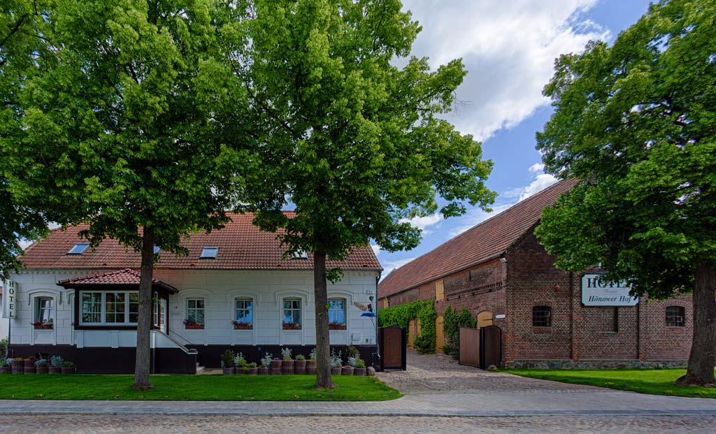 Hotel Hönower Hof  - Strassenansicht